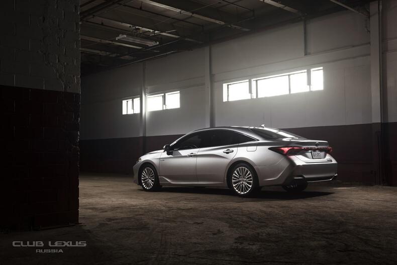 2019-Toyota-Avalon-8.jpg
