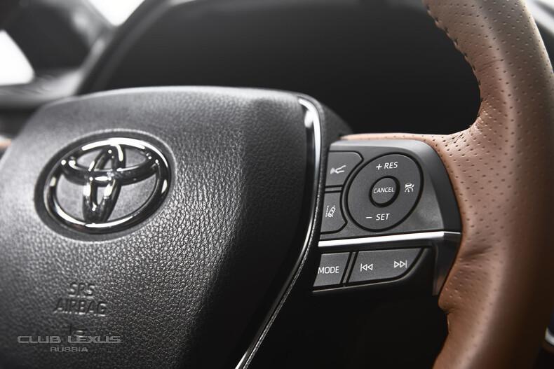 2019-Toyota-Avalon-12.jpg