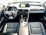 Салон нового Lexus RX вошел в десятку лучших автоинтерьеров