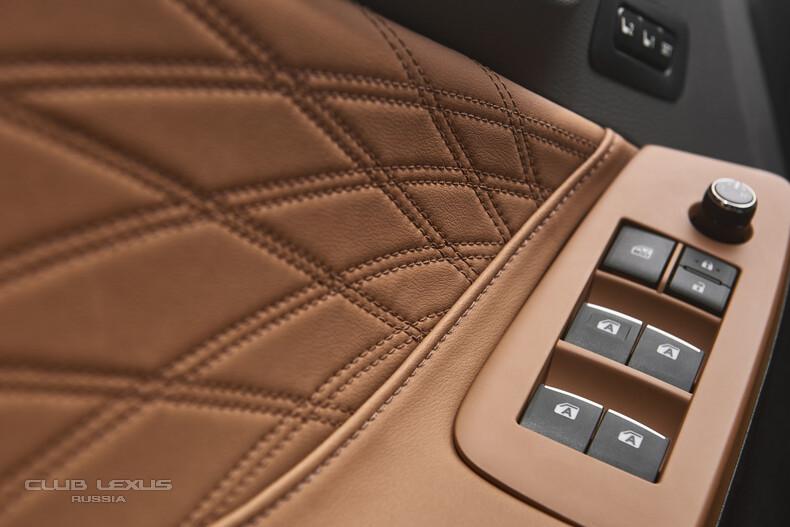 2019-Toyota-Avalon-13.jpg