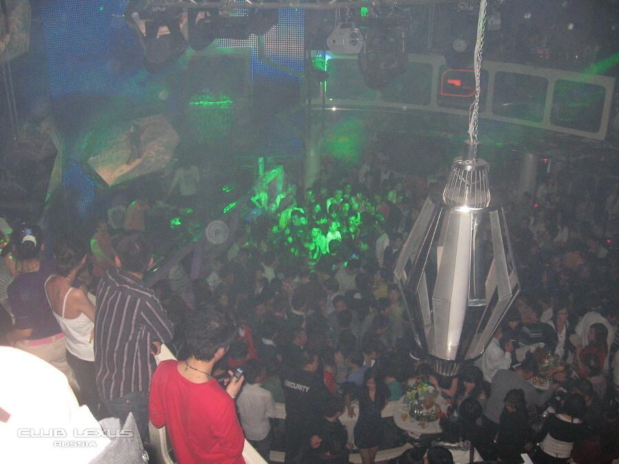 Спб ночной клуб лексус как мужчине танцевать в клубе