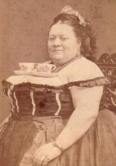 фото старых дам